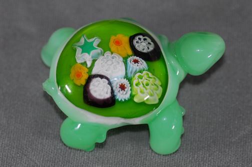 Turtle sculpture with Millefiori back (no hole)